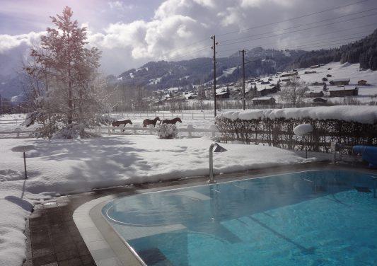 schwimmbad_winter